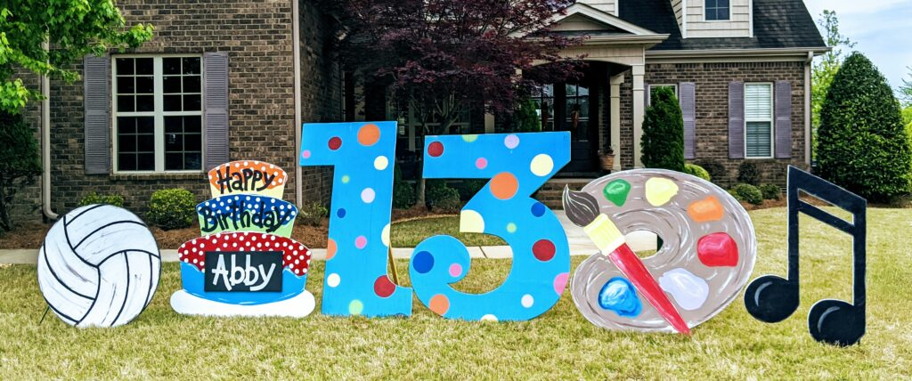 Lawn decoration in Madison Alabama:MADyardArt loves celebrating all kinds of occasions, including birthdays, anniversaries, new babies, retirements, and much more.