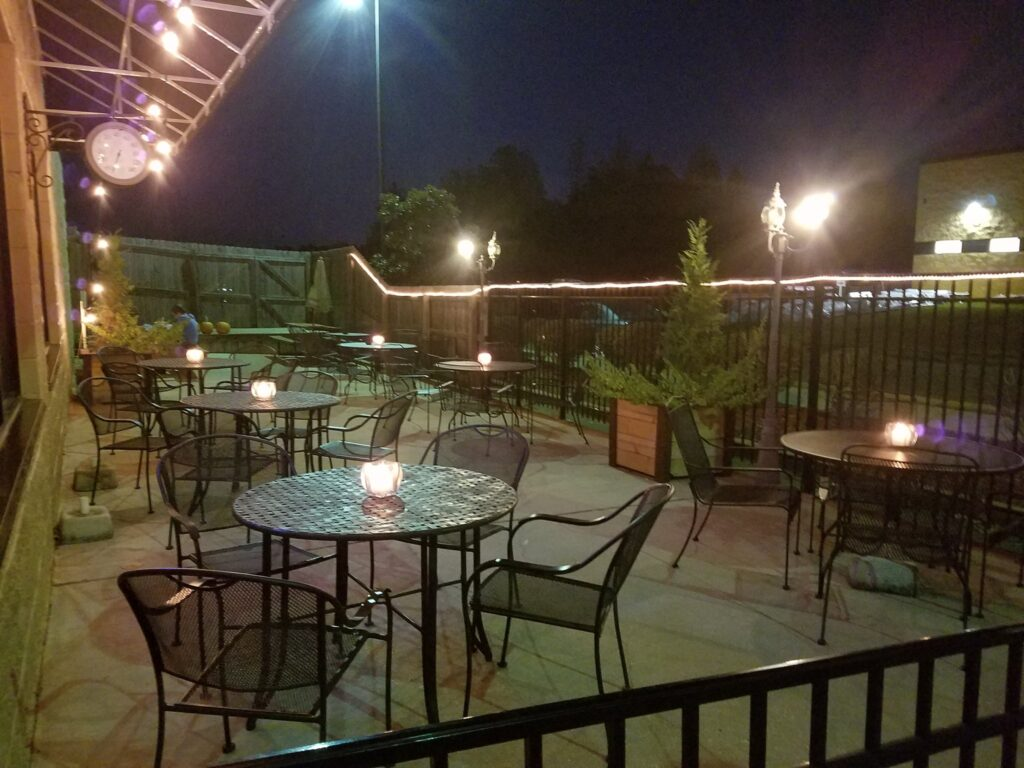 Outdoor Seating | Patio Seating | Table Service in Madison, Alabama
