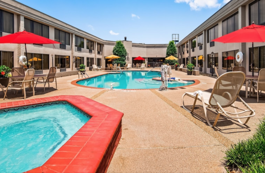 Hotels in Madison, Alabama: This list will share price, amenities, and much more. Readers will see with hotels offer breakfast, have indoor and outdoor pools, are pet-friendly, etc.